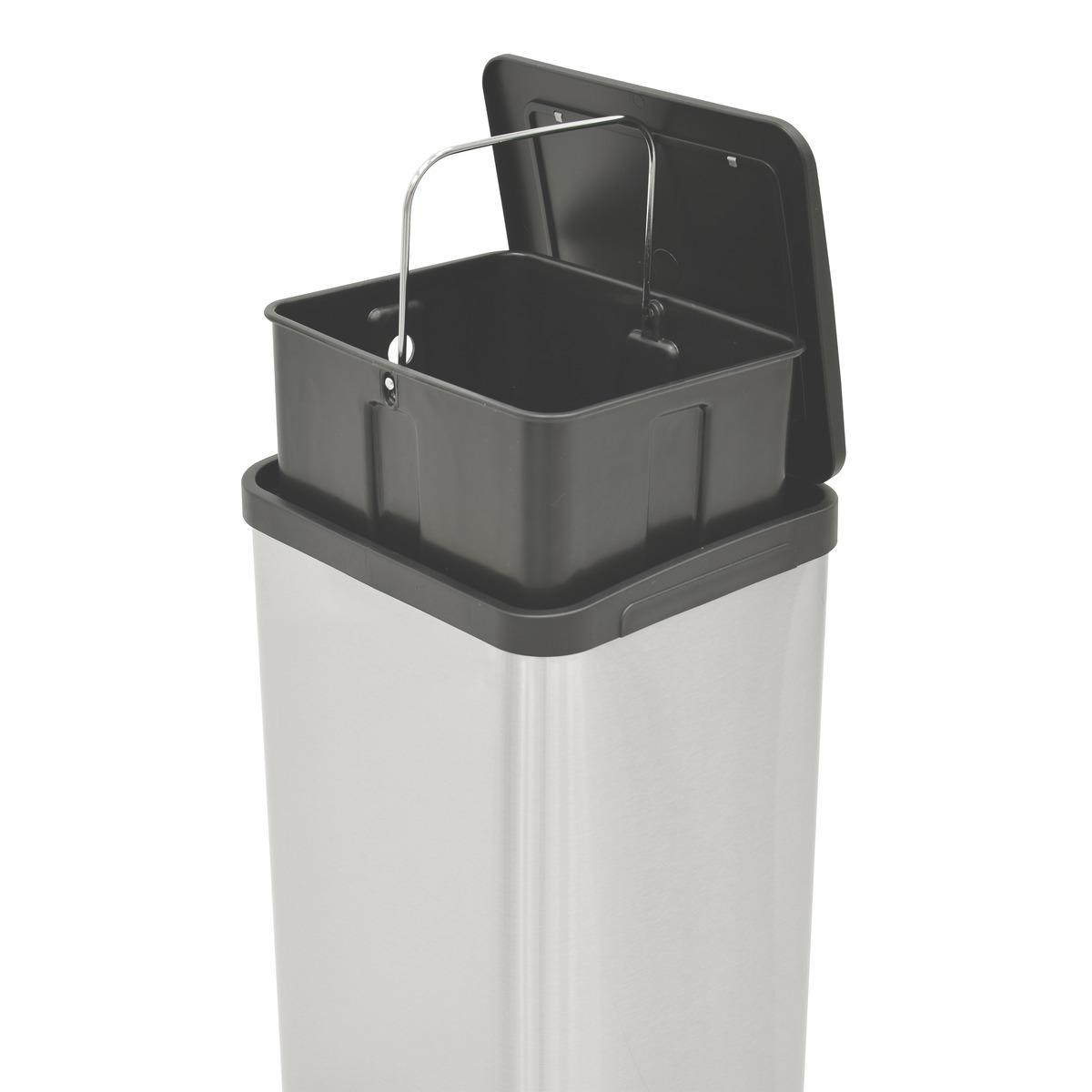 Lixeira Tramontina C/ Pedal Quadratta 15L Inox
